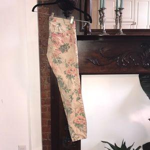 Current Elliot flower print jeans size 25